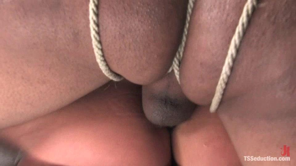 Sexy_Jade_Chad.wmv.00017.jpg