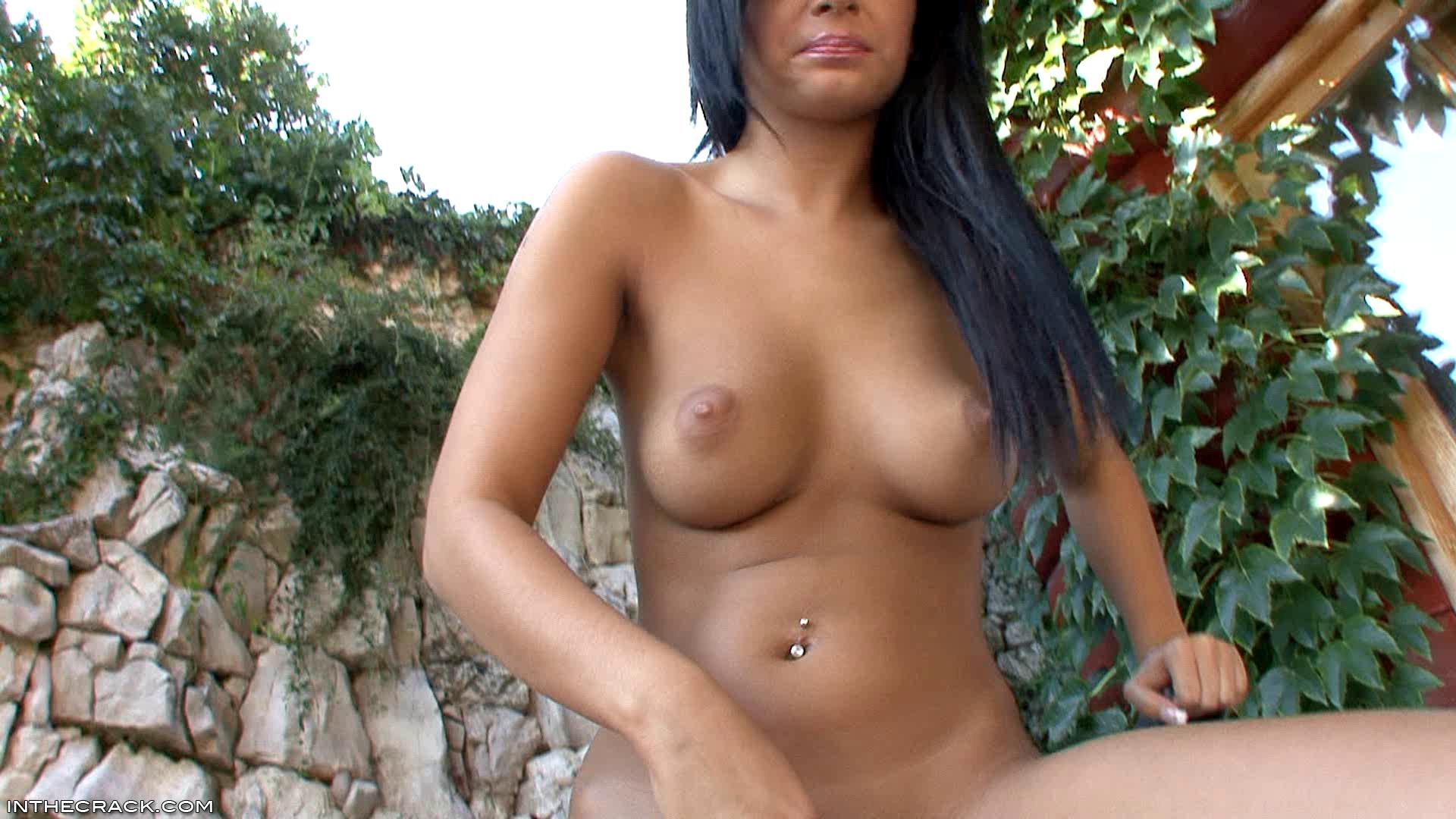 Piss_Piss_Video-123_15_Black_Angelika.wmv.00011.jpg