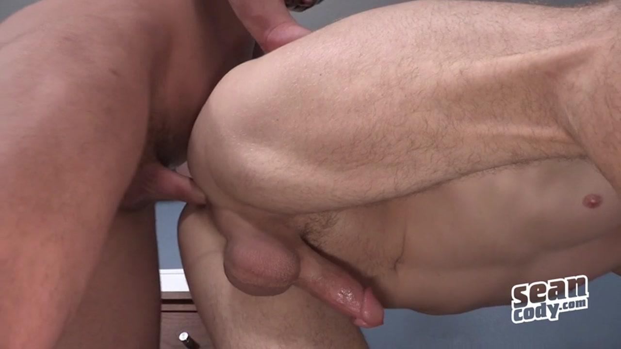 Sean_Cody_2216_Arnie_And_Dean._Bareback_480p.mp4.00004.jpg